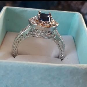 ROUND CUT BLUE STONED RING SZ9
